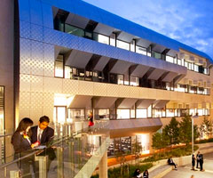 Deakin University improves student and faculty collaboration